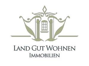 Logo von Land Gut Wohnen Immobilien